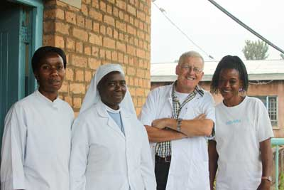 CTC staf - Sister Immaculata en Cees Weel in the middle